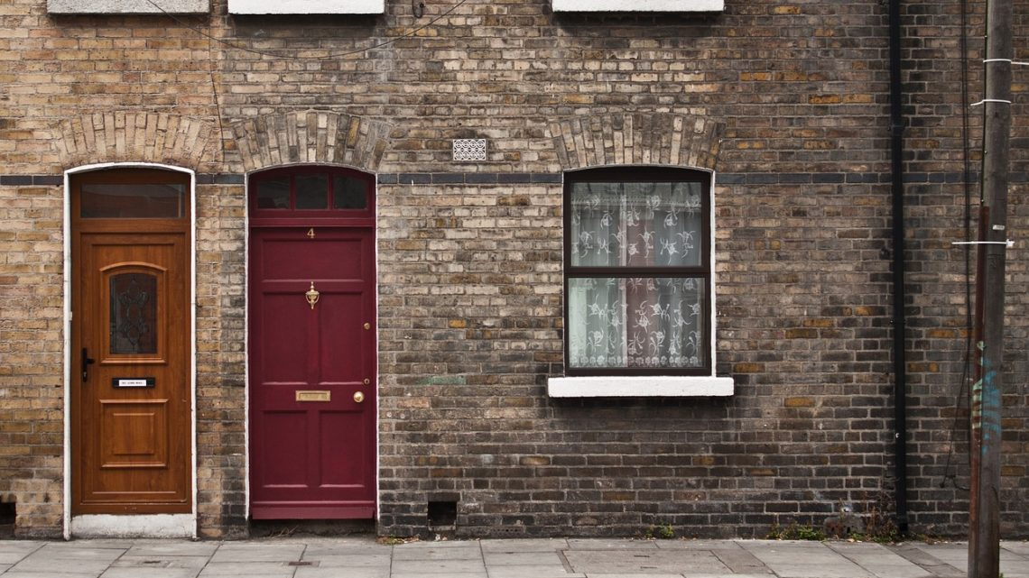 Comment procède-t-on pour faire une isolation extérieure de sa maison à Lens ?