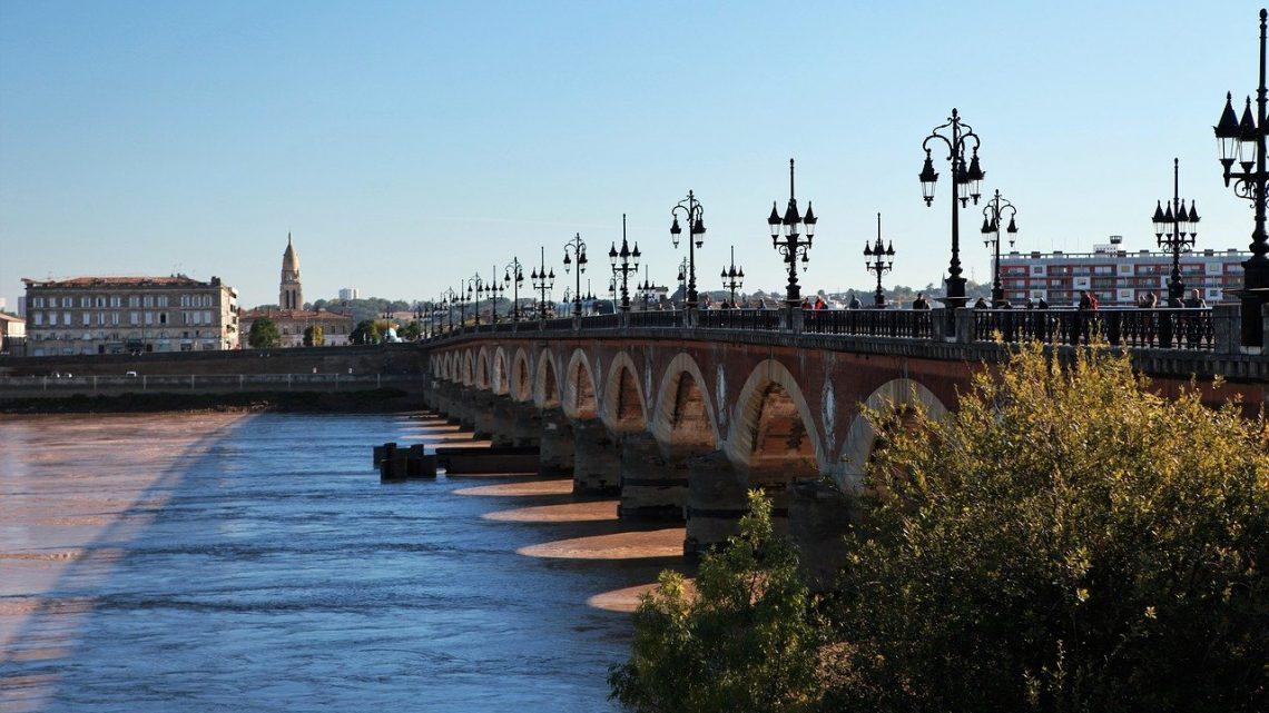 Bordeaux: comment bien choisir ses prestataires pour la rénovation de votre maison ?